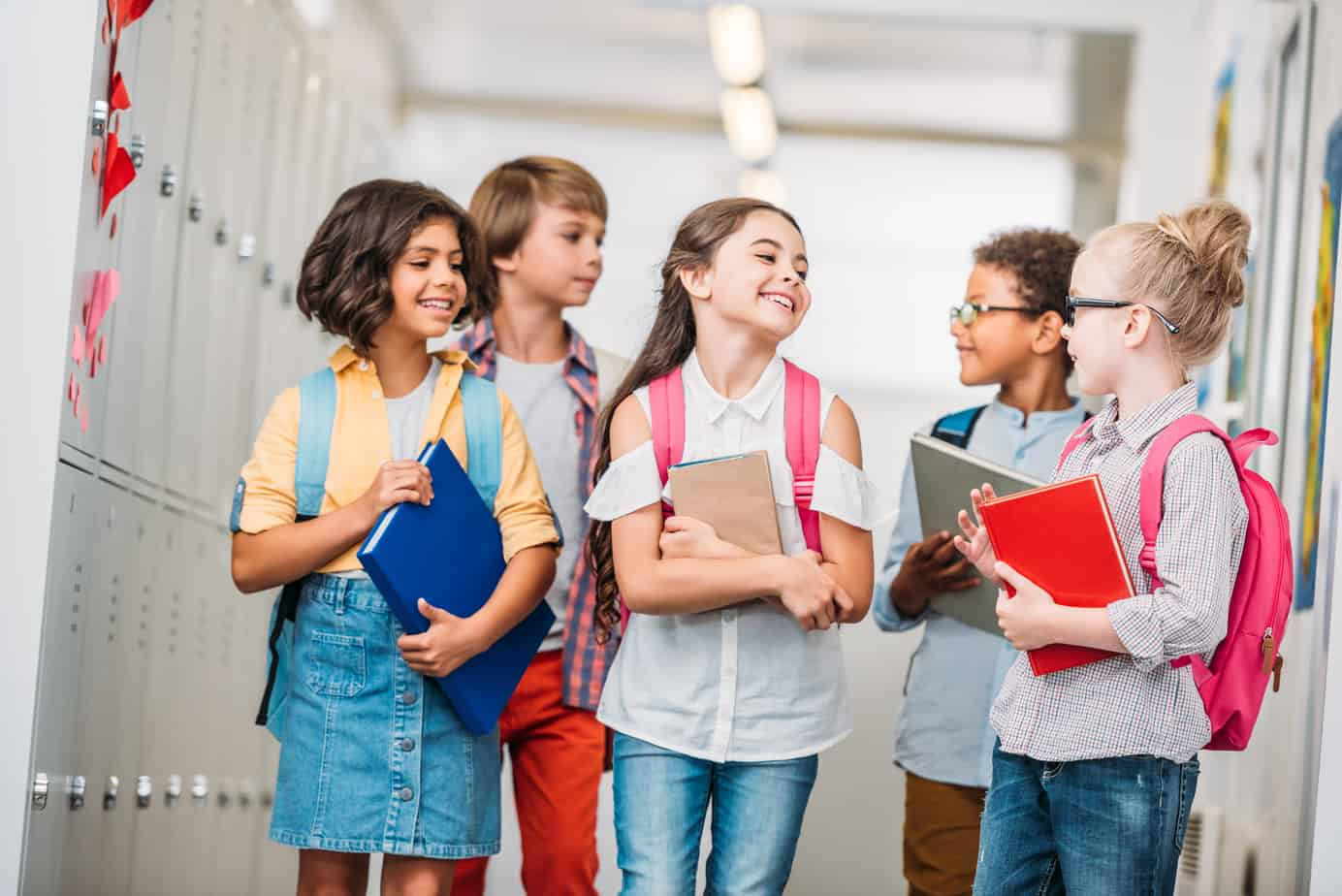Ease your child's back to school anxiety with these powerful tips. This article is epic, it includes free lunchbox notes, a free first day of school tradition printable and a back to school preparation checklist, along with 6 powerful tactics to calm school jitters and back to school nervousness. #backtoschool #backtoschoolanxiety #schoolanxiety