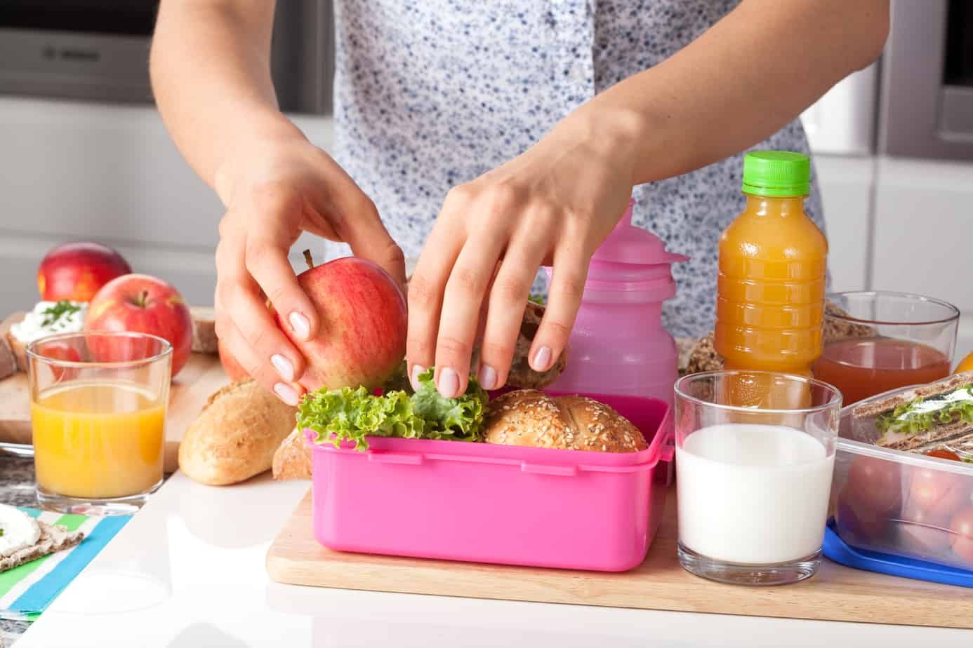 2019 Guide to Choosing The Best Lunch Boxes for Kids (And Cool Supplies Too!)