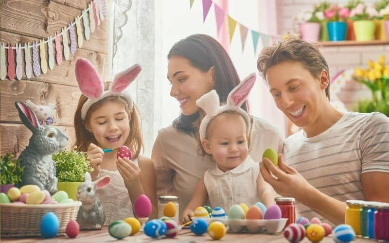 Easter traditions with kids