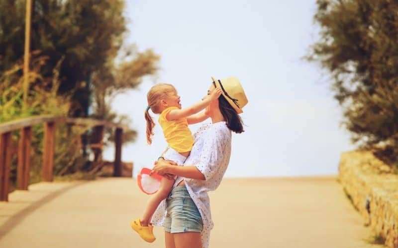 Self-care activities for moms